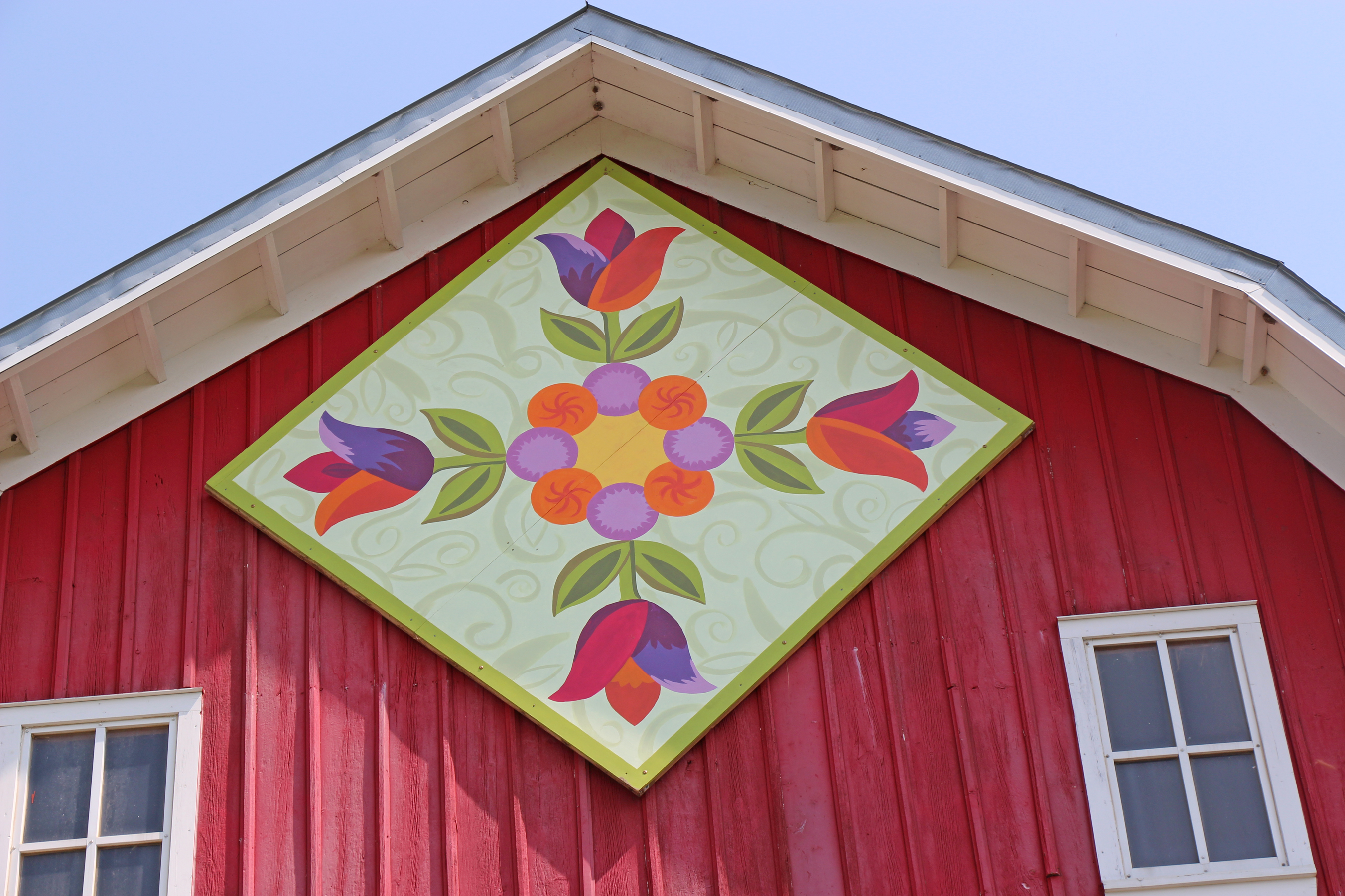 Wooden quilt squares brighten barns in Carver County - Minnesota ...